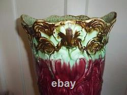 1910 Roseville Cherub Shell Maroon and Mint Green Blended Glaze Umbrella Stand