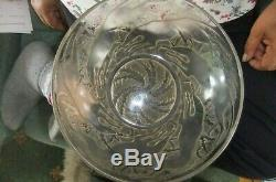 A FINE EARLY good sized R. Lalique fruit bowl, C. 1930's. Chiens pattern