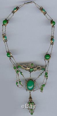 Antique Art Nouveau Beauty Green Chrysoprase Glass Dangle Festoon Necklace
