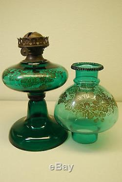 Antique Art Nouveau Kerosene Oil Emerald Green Sandwich Riverside Glass Co. Lamp