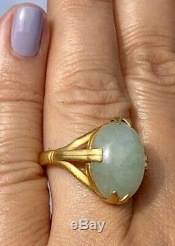 Art Nouveau 18K Yellow Gold Icy Green Jade Jadeite Vintage Navette Ring Matte