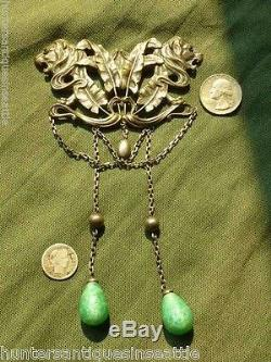 Beautiful Large Art Nouveau Double Lion Head Brooch With Green Glass Dangles FN&C