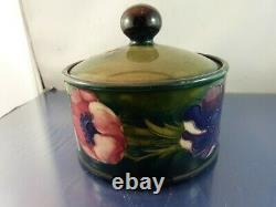 Deep Green Moorcroft Anemone Lidded-Covered Dresser Jar 4 1/2 Tall 1928-1949