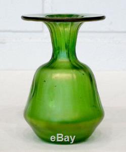 STUNNING! ANTIQUE Vintage ART NOUVEAU Glass GREEN IRIDESCENT Vase / LOETZ Kralik