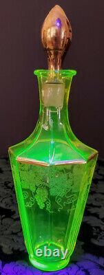 Vaseline Glass Bohemian Moser Etched All 8 Panels Gold Gilding-Stopper 1920's