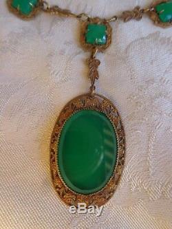 Vintage Art Deco Czech Era Chrysoprase Green Glass 4 Leaf Embos Clover Necklace