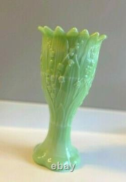 Westmoreland RARE Mint Green Milk Glass Jadeite Slag Vase Lily of the Valley